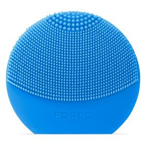 foreo luna in aquamarine front view